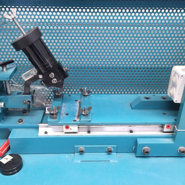 TENOWO-Laborausstattung-Testgerät-Kratzfestigkeit_600x600px